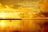 Landscape leisure resort lake — Stock Photo