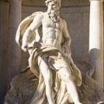 estátua de Neptuno — Fotografia Stock  #3765785