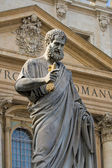 Sacred Peter's statue in Vatican — ストック写真