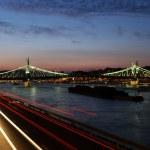 Bridge at dusk — Stock Photo
