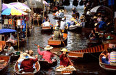 Floating markets of Damnoen Saduak — Stock Photo