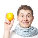 mladý dospělý muž hospodářství oranžová — Stock fotografie
