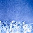 färska blå is kuber bakgrund — Stockfoto