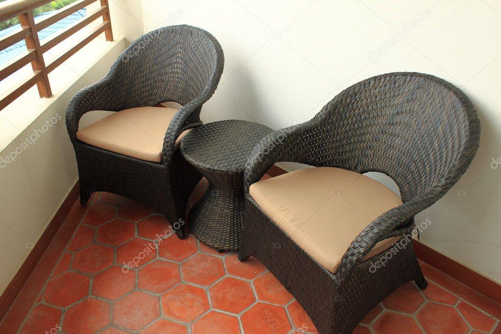 Кресла на балкон фото..