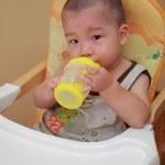 Baby thirsty — Stock Photo