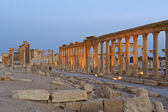 Historic ruins and pillars at Palmyra, Syria — Stock Photo