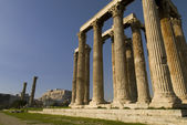 Ruins of Olympia temple in Athens, Greece — Stock Photo