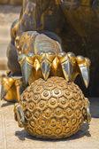 Antik bronz aslan öğesi — Stok fotoğraf