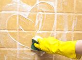 Herz an Soap-Wand — Stockfoto