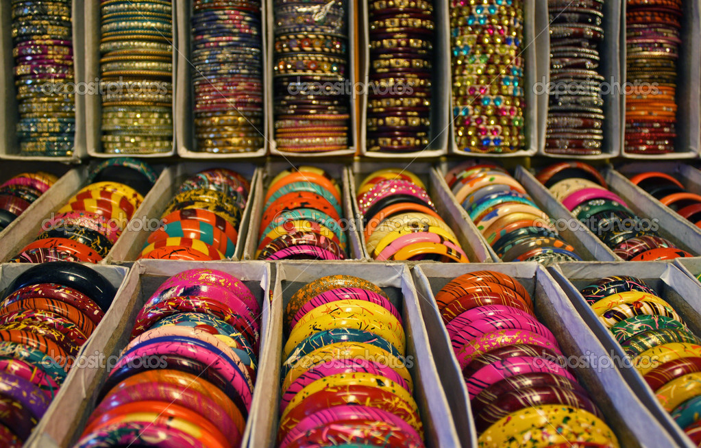 Rows of traditional Indian bangles with different colors and patterns. — Stock Photo #3444694