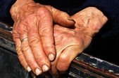 Hard work hands of an old lady — Stock Photo