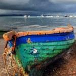 eski renkli balıkçı teknesi — Stok fotoğraf #3424571