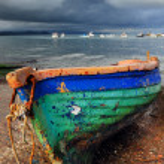 eski renkli balıkçı teknesi — Stok fotoğraf