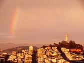 Regenbogen am Telegraph hill — Stock Photo