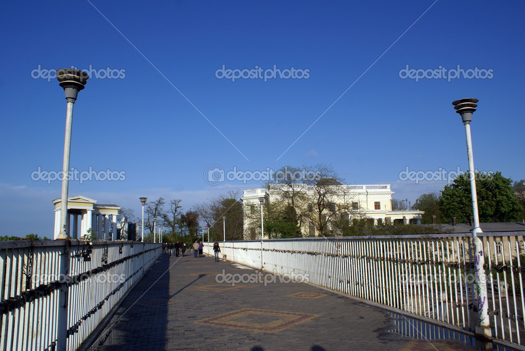 Long bridge and colonnade in Odessa, Ukraine                   — Stock Photo #3581346