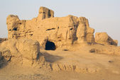 Hole in ruined house, Jiaohe, Silk road, China — Stock Photo