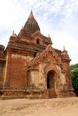 Old brick temple — 图库照片