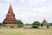 Stupa and temple — Stock Photo