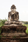 Sitting Buddha in Inwa — Stock Photo