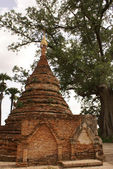 Brick stupa — Stock Photo