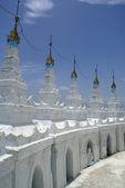 Stupa bianco — Foto Stock