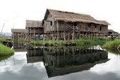 Houses on the Inle lake — Stock Photo
