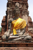 Buddha in wat Mahathat — Stock Photo