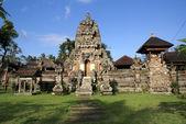 Balinese temple — Stock Photo