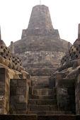 Steps to the stupa — Stock Photo