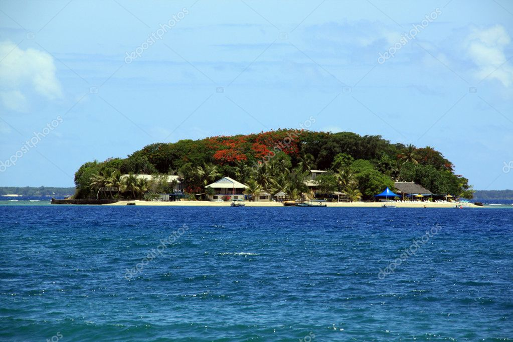 Hideaway tropical islan on the sea in Vanuatu — Stock Photo #3675662
