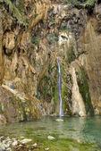 Small waterfall — Stockfoto