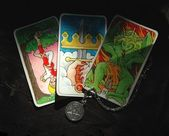 Tarot cards and crystal ball — Stock Photo