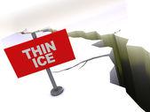 薄薄的冰面 — 图库照片