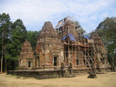 Restaurerade antika buddhistiska tempel. — Stockfoto