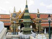 Thailand, Bangkok, royal palace. Statues of demons at a temple. — Stock Photo