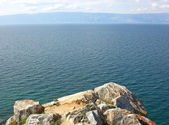 Rocky coast of lake Baikal. — Stock Photo