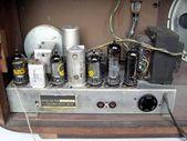 Old AM radio tuner — Stock Photo