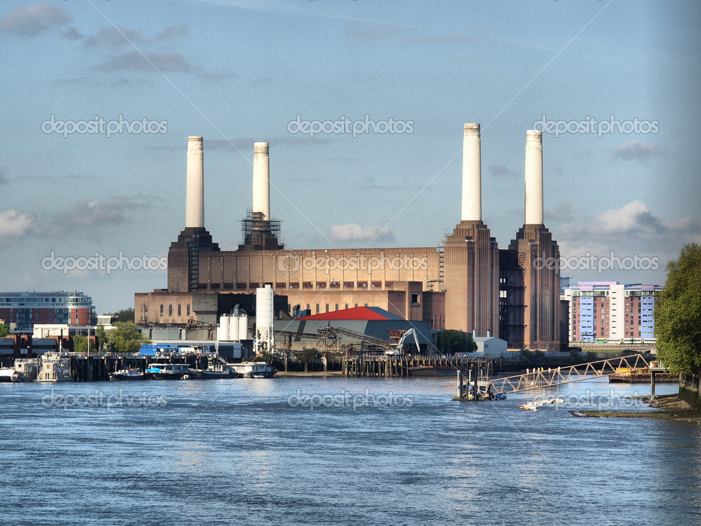 Battersea Power Station in London, England, UK - high dynamic range HDR — Stock Photo #3621888