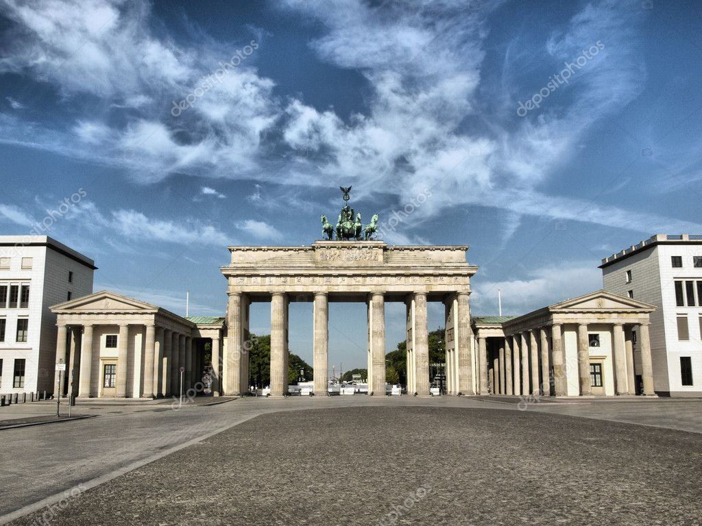 Brandenburger Tor (Brandenburg Gate), famous landmark in Berlin, Germany - high dynamic range HDR — Stock Photo #3621986