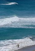 Surfista solitario — Foto de Stock
