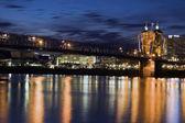 在辛辛那提的历史性桥 — 图库照片