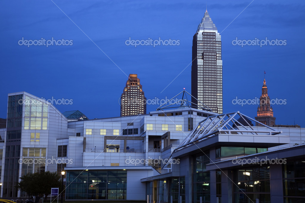 Cleveland, Ohio, USA after sunset — Stock Photo #3575228