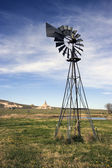 Artesian Well and Chimney Rock — Stock Photo