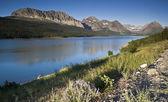 Lake in Glacier National Park — Stock Photo