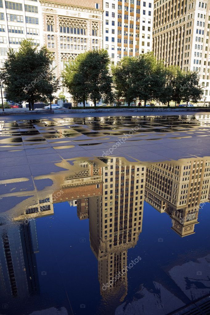 Reflection of Michigan Avenue buildings  in Chicago, IL. — Stock Photo #3780953