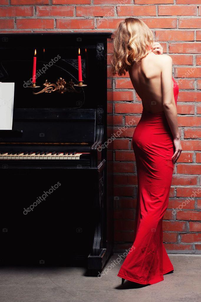 About Beautiful Woman Solo Piano 28