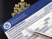 Passport on U.S.declaration card — Stock Photo