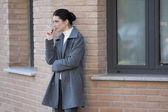 Smoking outside — Stock Photo