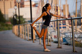 Stretching before jogging — Stock fotografie