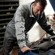Mechanic at work — Stockfoto